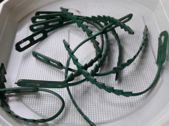 крепеж для подвязки растений