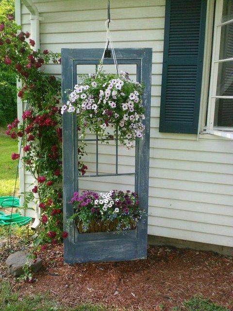 украшение сада - дверь